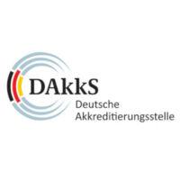 dakks_white